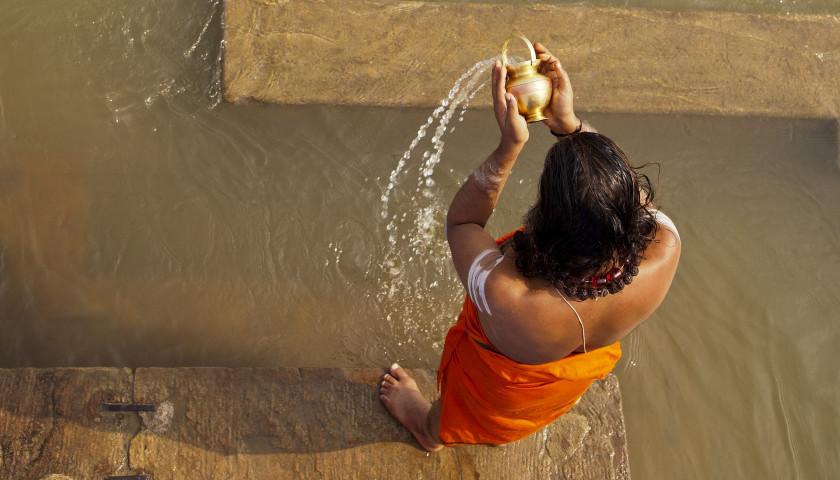2020/01/AH-90287-Ganga-Aarti-Varanasi.jpg