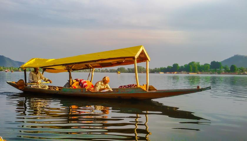 2020/05/AH-75308-Srinagar-Dal-Lake-Tours.jpg